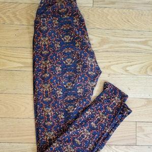 Pants - Lularoe leggings
